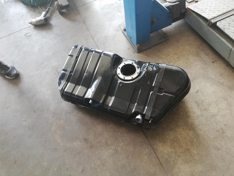 Объем топливного бака приора седан
